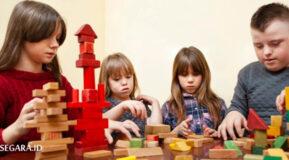 [JOURNAL] Pengaruh Penggunaan Alat Permainan Edukatif Terhadap Kemampuan Motorik Anak Down Syndrome
